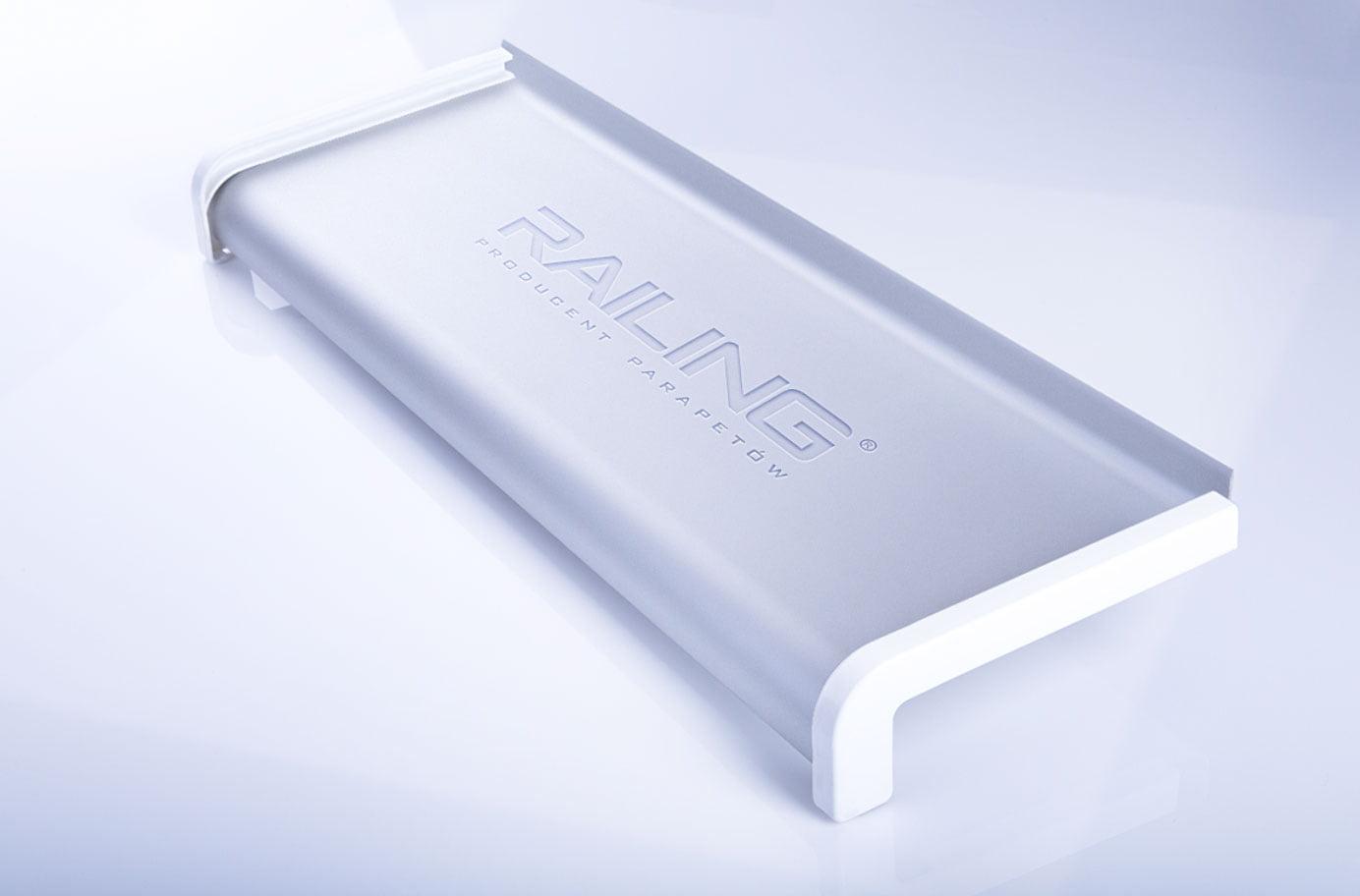 Parapet aluminiowy anodowany | Kolor Srebro